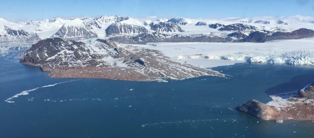Gletscher bei Svalbard, Juni 2015 (Foto: Bomsdorf).
