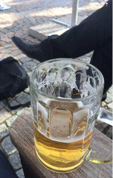 Coca-Cola? Anheuser? Egal, Hauptsache Prost! (Foto: Bomsdorf)